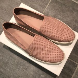 Vince Blair Slip-on Sneaker